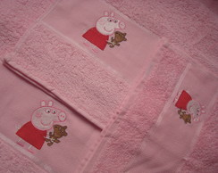 Kit 3 toalhas: Peppa e nome
