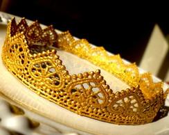 Coroa RENDA dourada 47,5cm para Carla