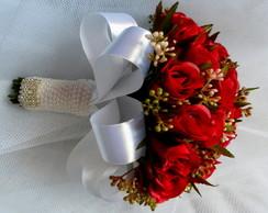 Buque - Mini Rosas Vermelhas