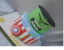 bolo cenografico Hulk