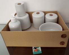 Kit Higiene Porcelana Po� & Listras Bege