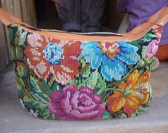 bolsa de couro com bordado a mao