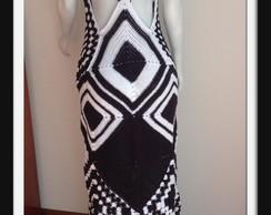 Vestido preto e branco em crochet