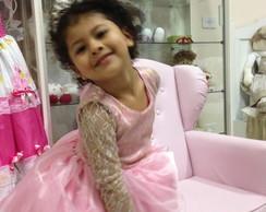 vestido de festa rosa com renda