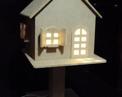 Lumin�ria casinha quarto bebe