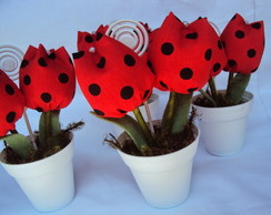Lembrancinha vasinho com tulipas