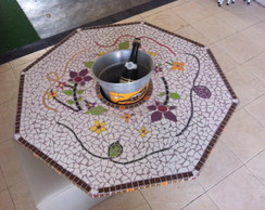 Tampo de mesa em mosaico de pastilha