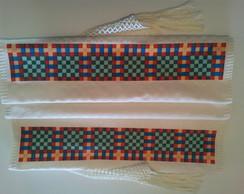 Caminho de mesa com toalha