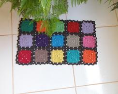 Tapete em quadrados coloridos