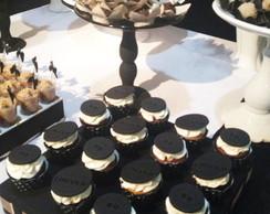 Bolo e Mini Cupcakes