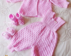 Conjunto em tric� feito a m�o rosa