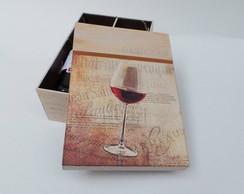 Caixa Decorada Ta�a de Vinho - Padrinhos