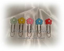 Clips decorados - flor pequena