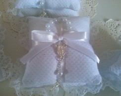 Almofada dupla com mini ter�o Branca