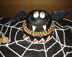 bolo halloween e docinhos.