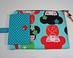 Case de Celular e Documentos Kokeshi