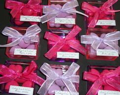 Caixa acr�lica  decorada com organza