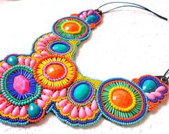 Maxi Colar Bordado Multicolor