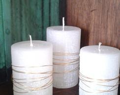 Trio de velas r�sticas com arame dourado