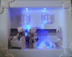 Quadro de porta de maternidade iluminado