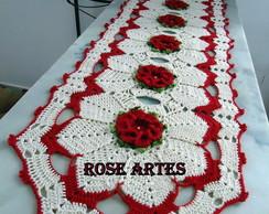 Trilho de Mesa em Croch� com Flores