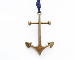 Colar �ncora Pirata camur�a azul marinho