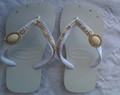 Chinelo Decorado Fivela de Feltro Strass