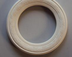 moldura de resina redonda, em branco.