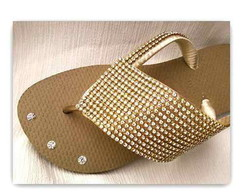Chinelo Customizado Com Manta de Strass