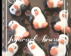 Pinguim em biscuit
