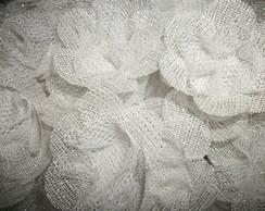 Forma de doces finos em tela flor branca