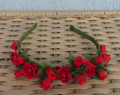 Tiara de Flores Vermelhas