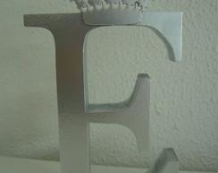 (LT 0130) Letra em MDF com coroa prata