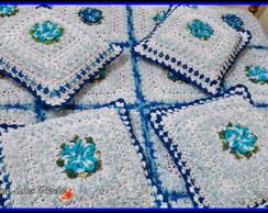 Almofada em croche flor Mosquitinho