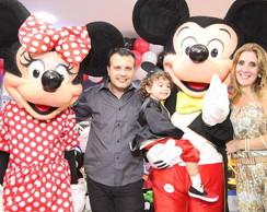 Mickey e Minnie vermelha