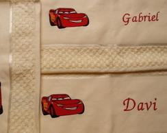 Kit 3 toalhas: McQueen e nome