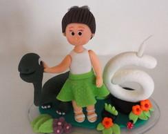 Topo de bolo menina com dinossauro