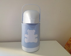 garrafa t�rmica com capa bordada