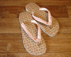 Chinelo Decorado: macram� e p�rola
