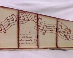 Porta Controle Ripado Musical