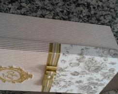 Caixa de MDF revestida em tecido