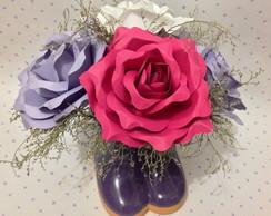 Vaso de cer�mica com rosas perfumadas