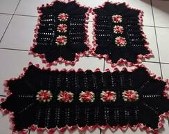 Jogo de tapetes preto e flores vermelhas