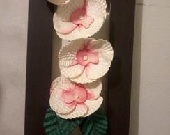 Quadro com arranjo de flores
