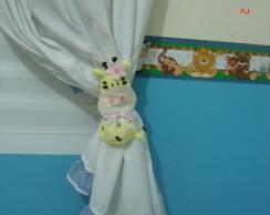 Prendedor de cortina Girafinha