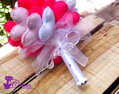 Buqu� Cora��o rosa e branco 30 cora��es