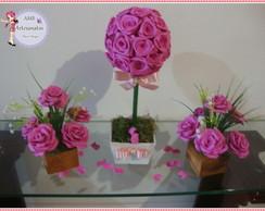 centro de mesa com rosas de eva