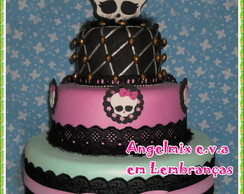 Bolo Monster High em e.v.a