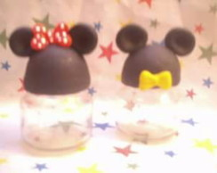 lembrancinha Mickey e Minnie em biscuit