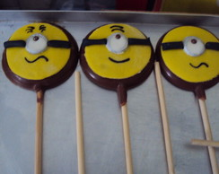 "Pirulitos de chocolate ""Minions"""